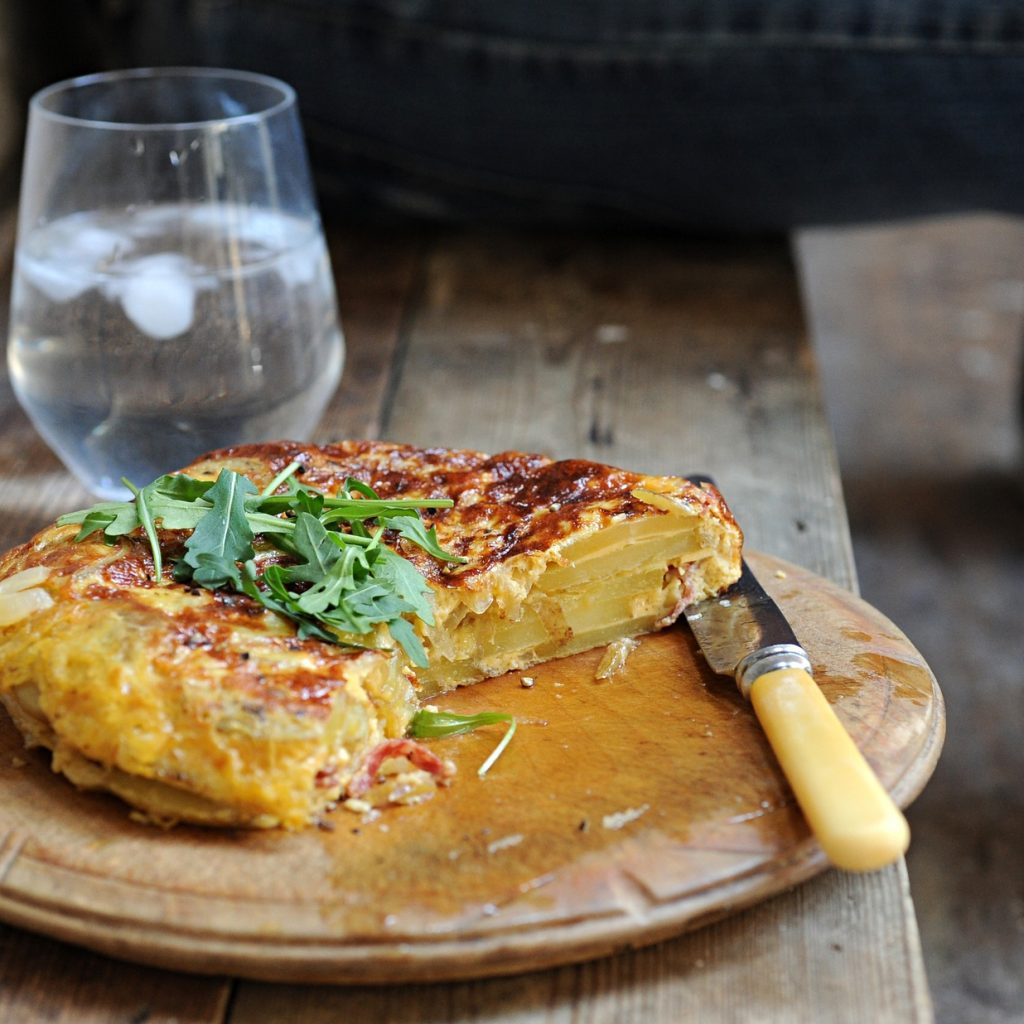 spanish omelette healthy lunch
